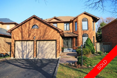 Whitby Blue Grass Meadows 2-Storey home for sale:  4 bedroom