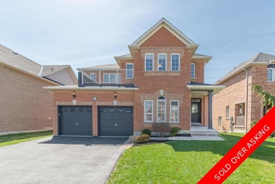 Executive Home In Whitby - 4 Bed, 3 Bath & Overlooking Ravine